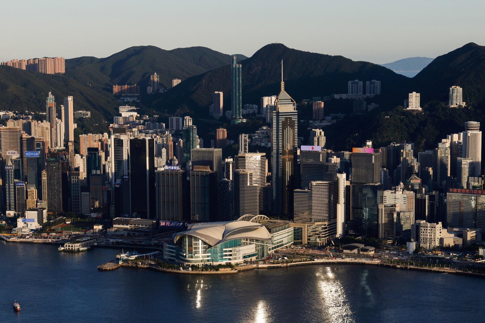 قسائم استهلاكية لفئتين محددتين من الشعب في هونغ كونغ
