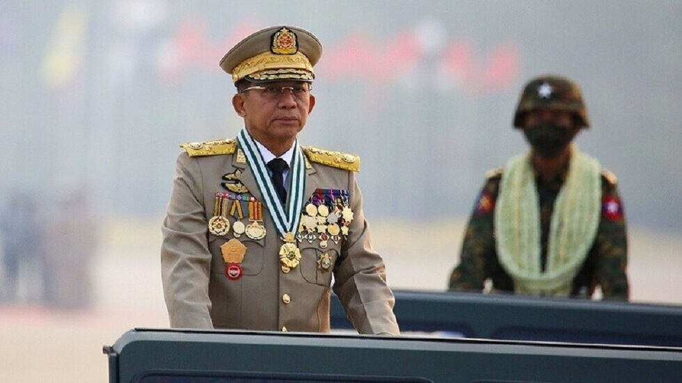 حاكم ميانمار العسكري يعد بتنظيم انتخابات ويبدي استعداده للعمل مع