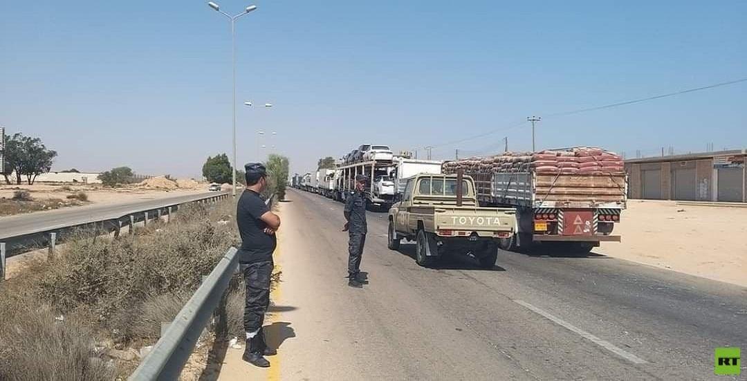 صورة لـRT لحظة فتح الطريق الساحلي في ليبيا