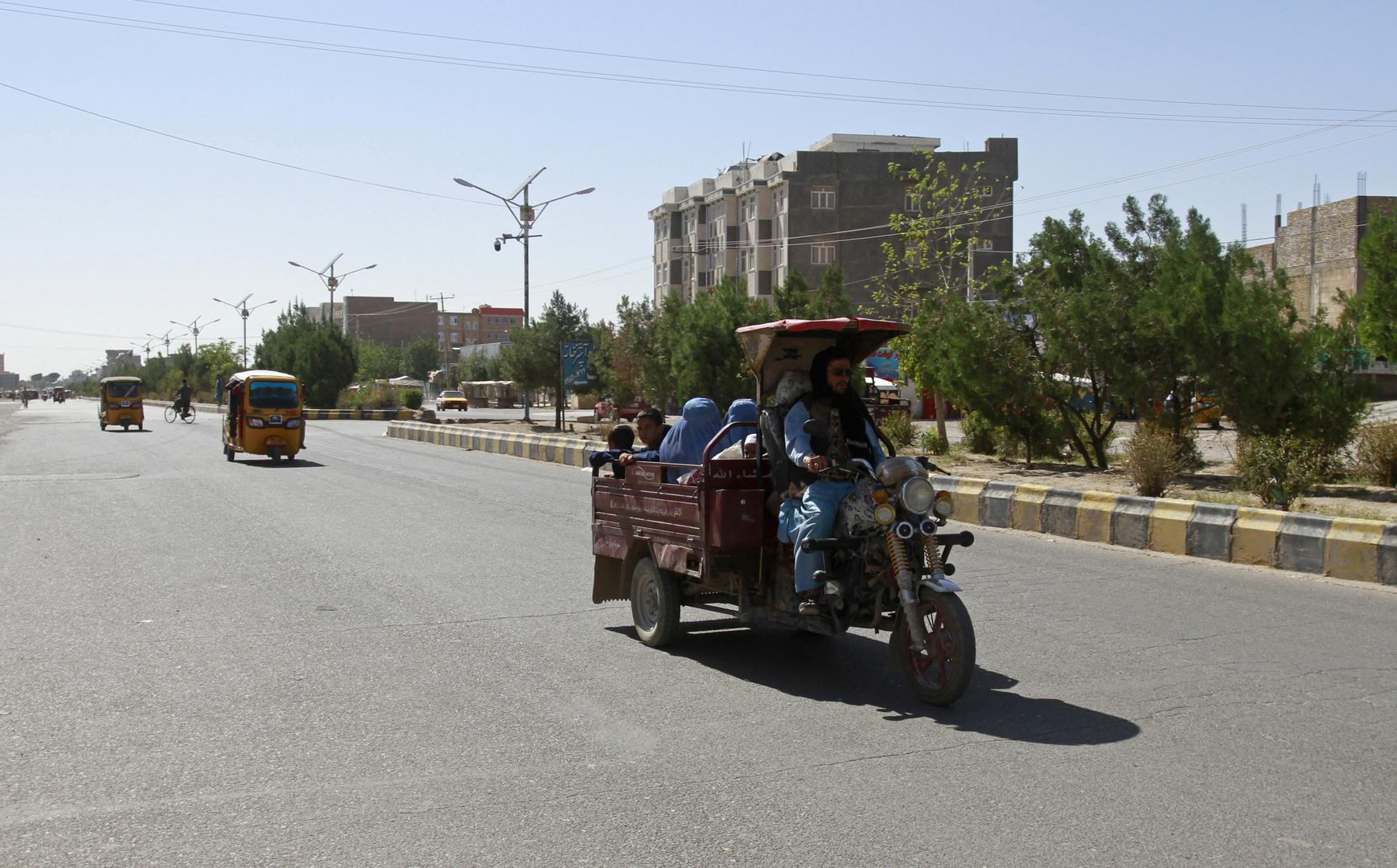 مسؤول أفغاني: مقتل 5 أشخاص في هجوم بقذائف هاون في قندهار