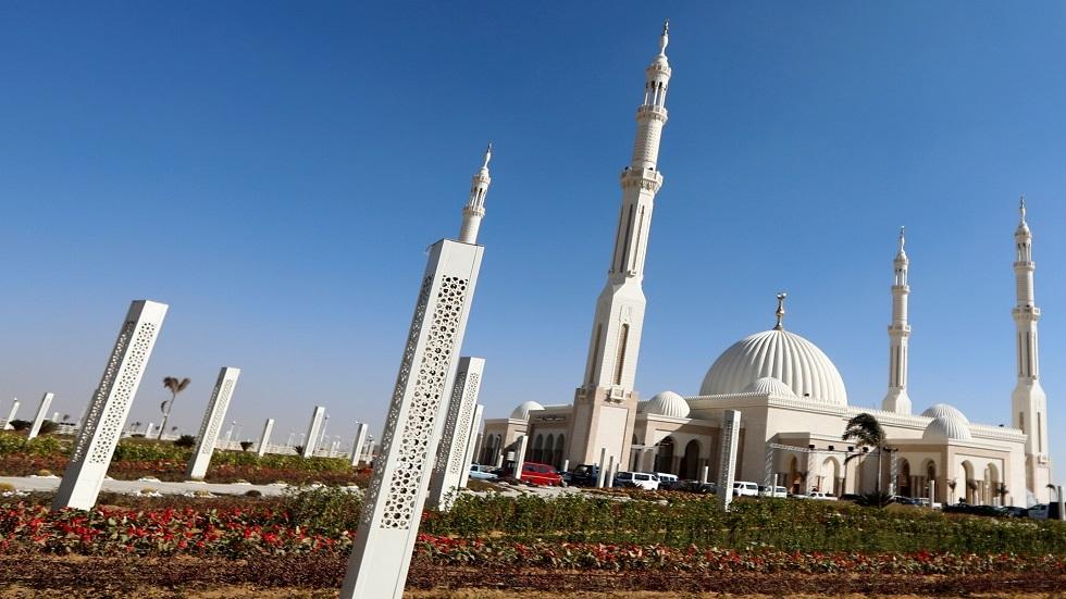 مسجد الفتاح العليم في مصر