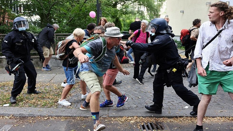 ألمانيا: وفاة رجل بعد احتجازه أثناء تظاهرة ضد تدابير كوفيد