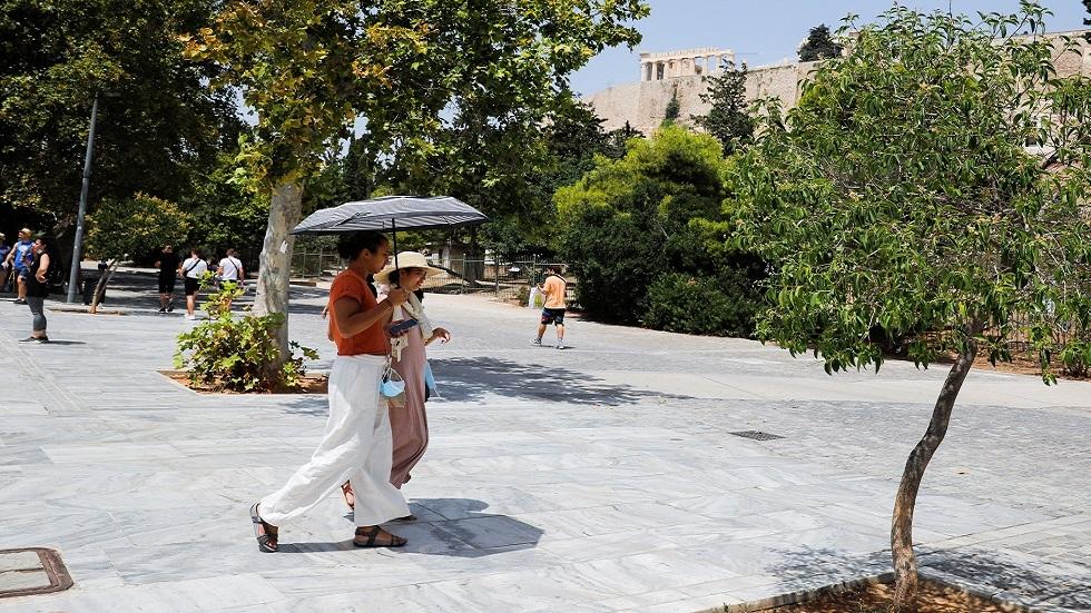 رئيس وزراء اليونان: نواجه أسوأ موجة حر منذ أكثر من 30 عاما