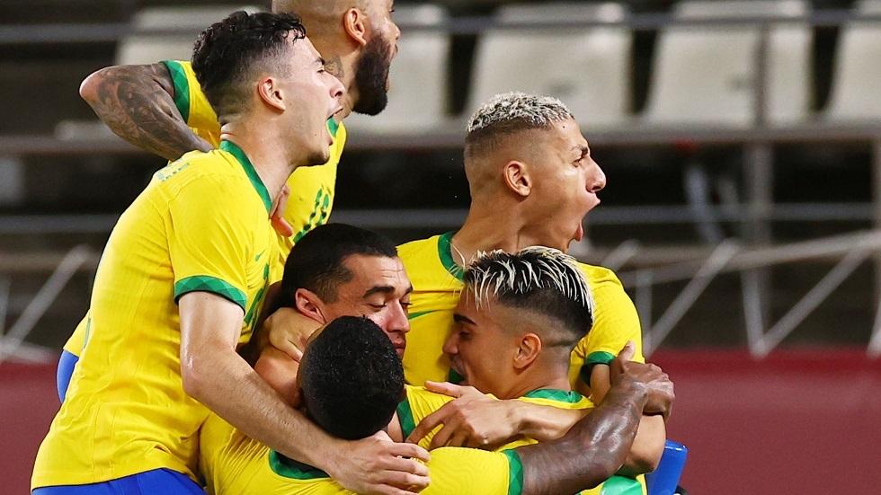 أولمبياد طوكيو.. البرازيل تهزم المكسيك وتصعد لنهائي مسابقة كرة القدم