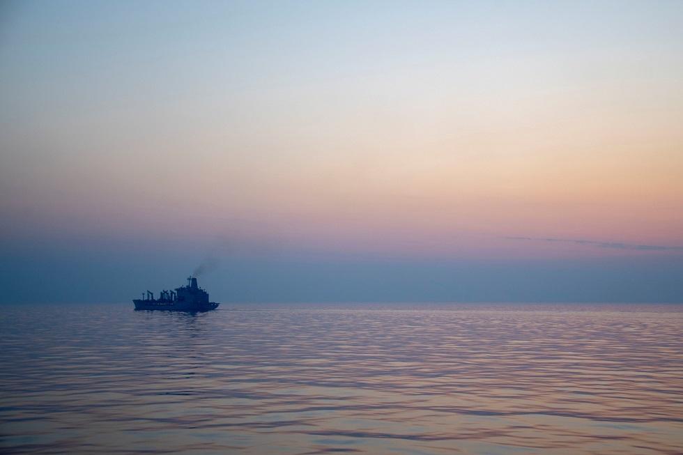 هيئة عمليات البحرية البريطانية: حادثة السفينة قبالة ساحل الفجيرة الإماراتية عملية خطف (صورة)