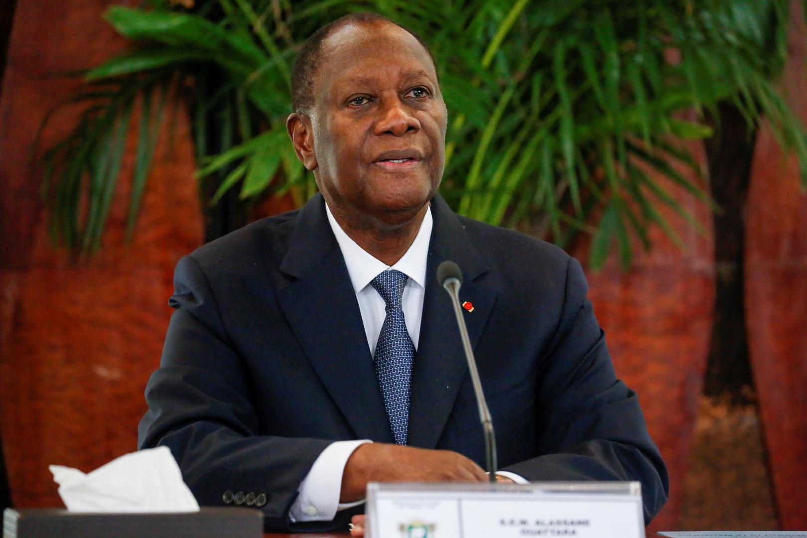 رئيس ساحل العاج يخضع للعزل الذاتي بعد مخالطته مصابا بكورونا