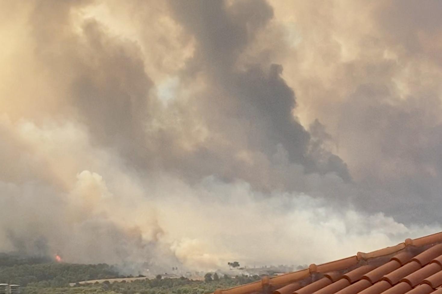 حرائق الغابات في ضواحي أثينا، 3 أغسطس 2021
