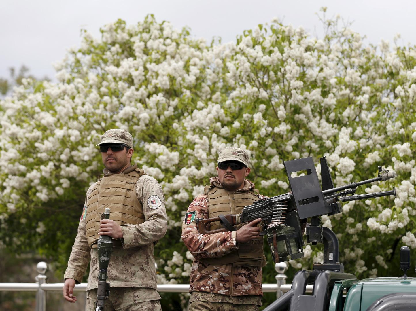 الجيش الأفغاني يستعد لشن هجوم مضاد لطرد طالبان من مدينة جنوب أفغانستان