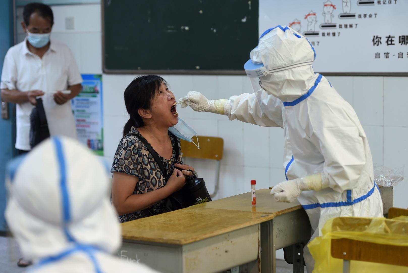 كورونا.. الصين تعلّق إصدار الجوازات وتشدد قيود سفر مواطنيها للخارج