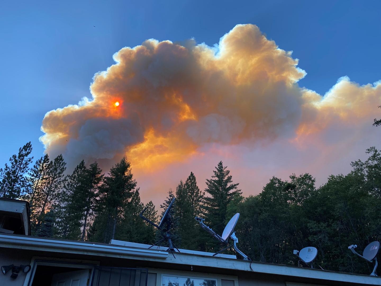 إخلاء حوالي ألفي شخص من منازلهم في كاليفورنيا بسبب حريق