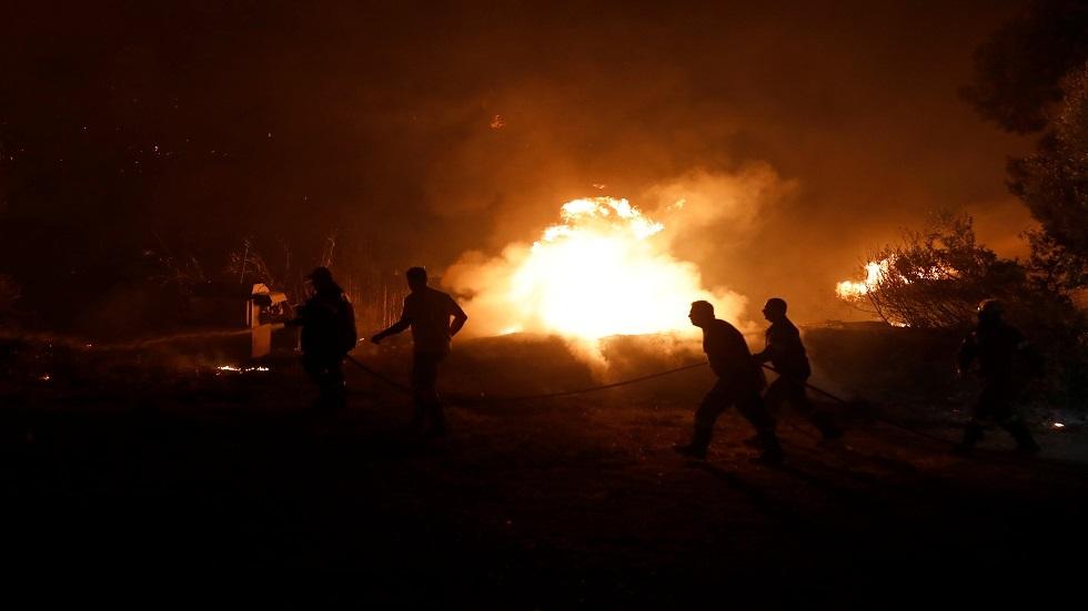 اليونان تكافح حرائق الغابات لليوم الثالث