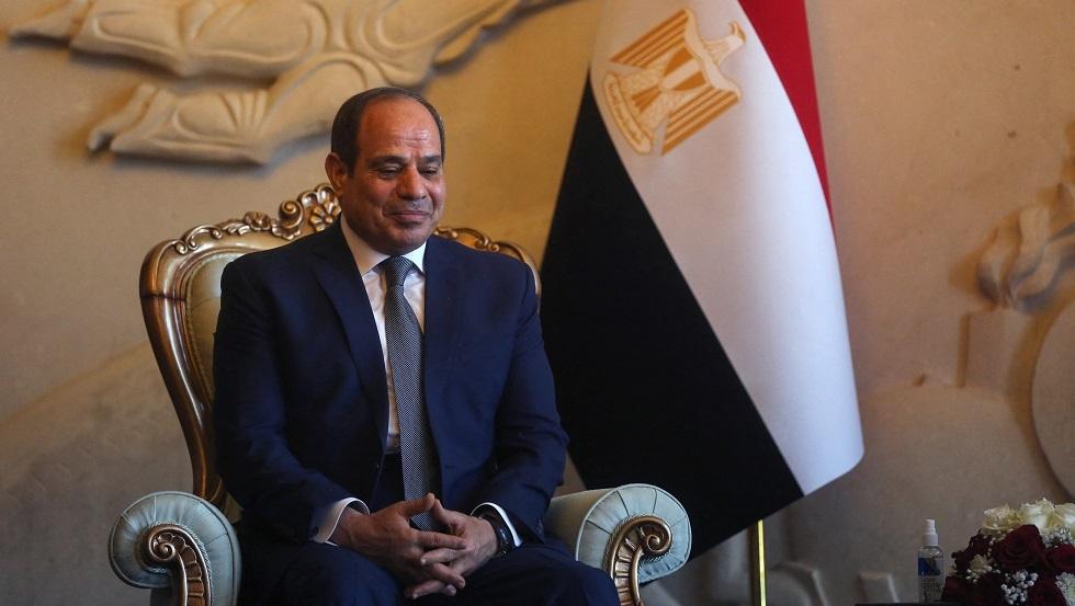 السيسي يوجه رسالة للاعبي منتخب مصر لكرة اليد