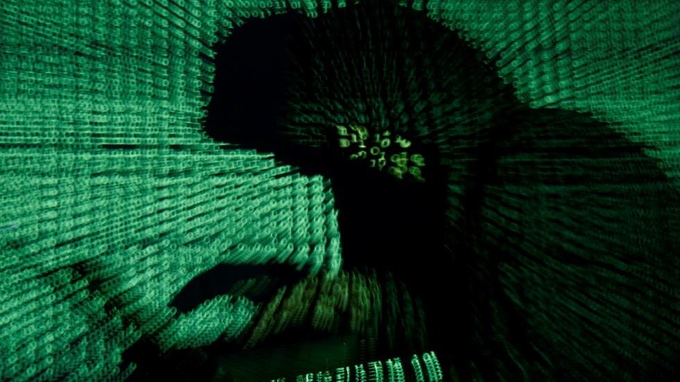 إعلام أمريكي: هاكرز روس نشروا بيانات سرية لمليون بطاقة ائتمان
