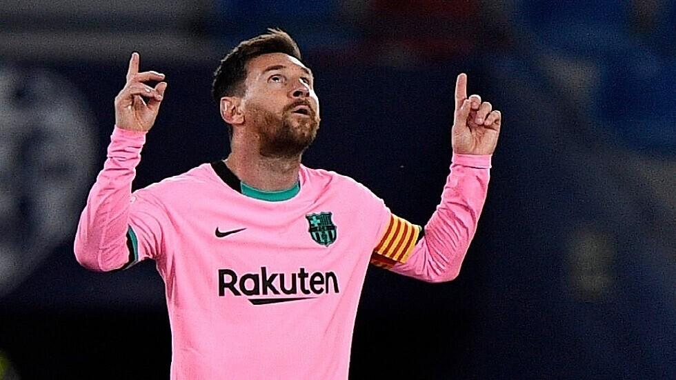 معلق رياضي شهير: برشلونة تخلى عن ميسي كما فعل مع مارادونا وريفالدو وإيتو
