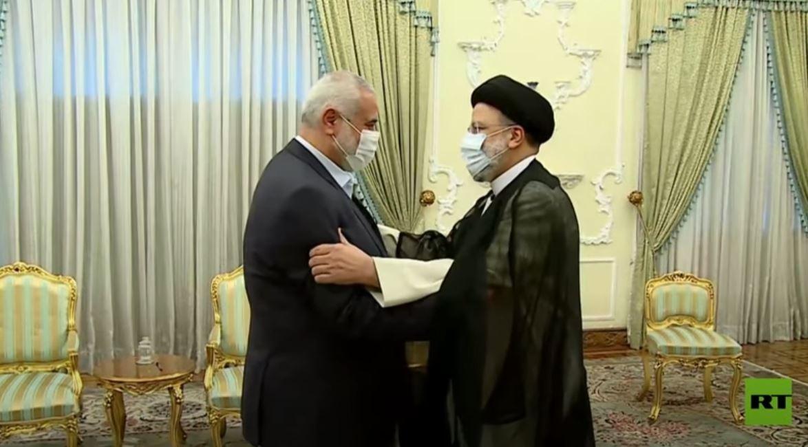 الرئيس الإيراني الجديد يلتقي إسماعيل هنية في طهران