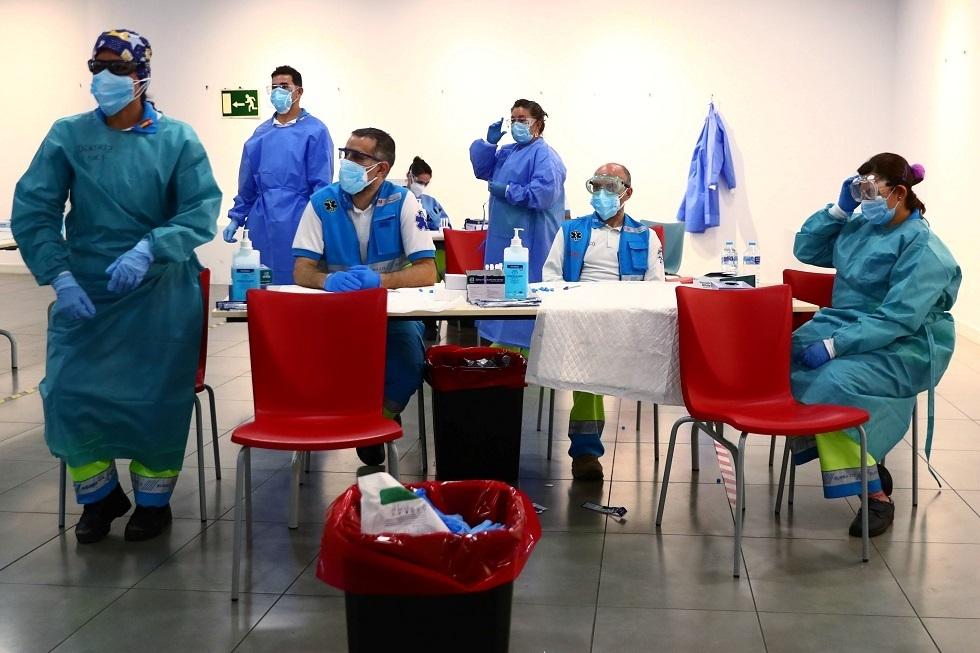 إسبانيا تمدد الحجر الصحي للوافدين من 6 دول إفريقية وأمريكية لاتينية