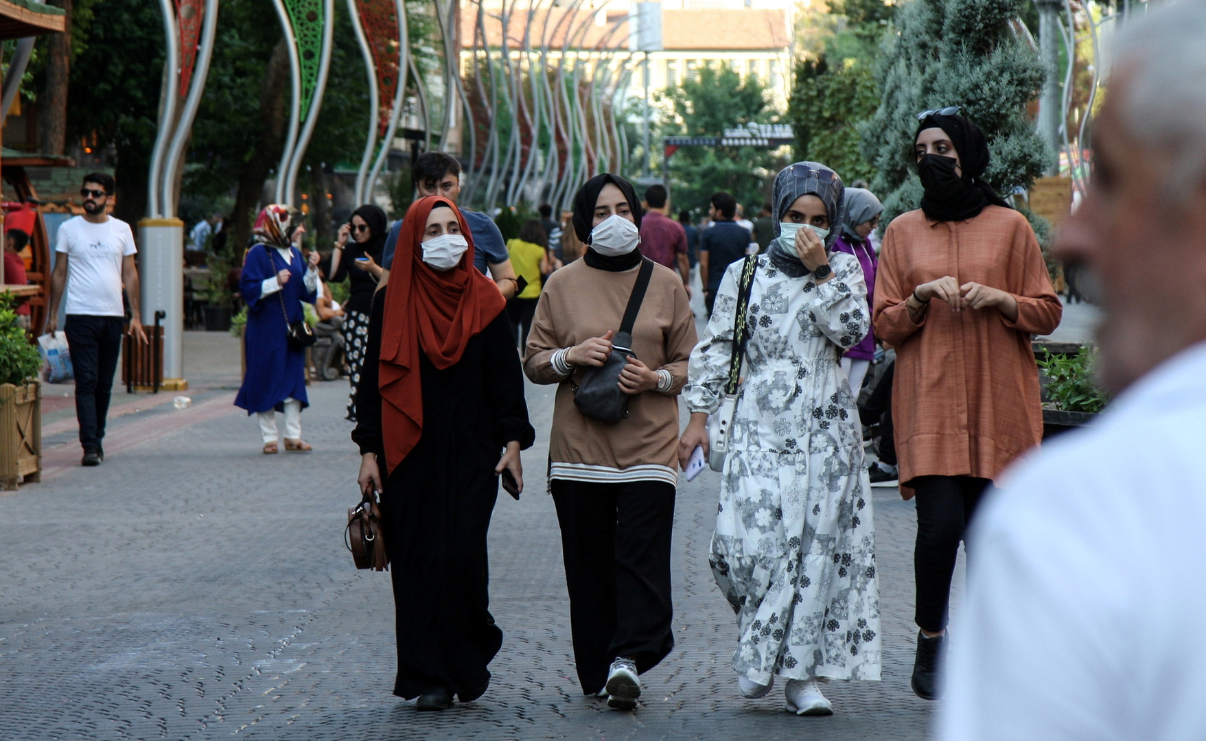 تركيا.. 108 وفيات ونحو 22700 إصابة بكورونا خلال الـ 24 ساعة
