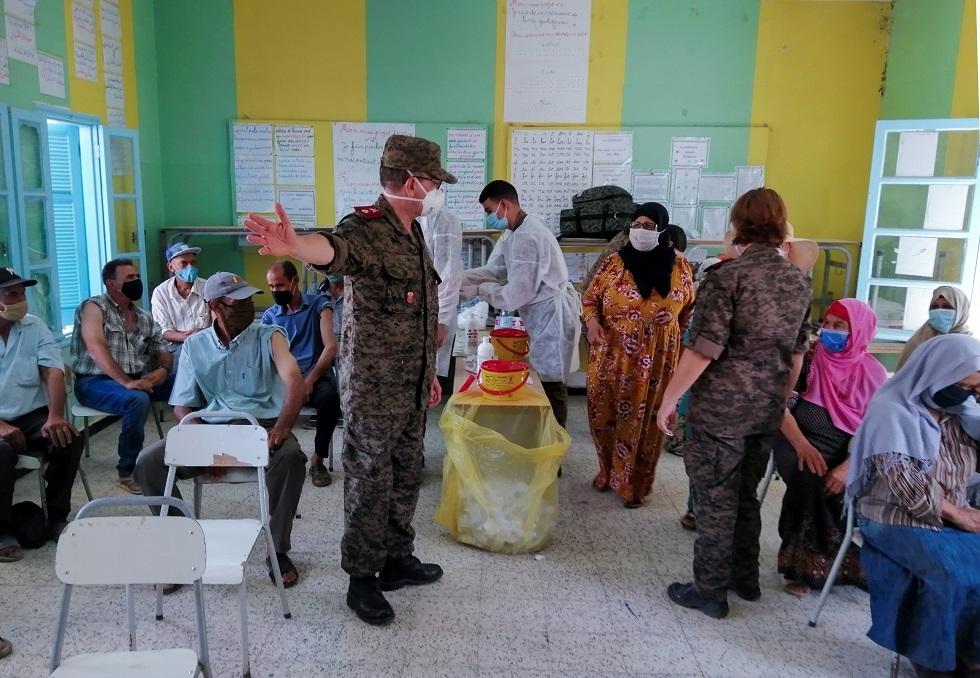 تونس.. تطعيم أكثر من 550 ألف شخص في يوم واحد