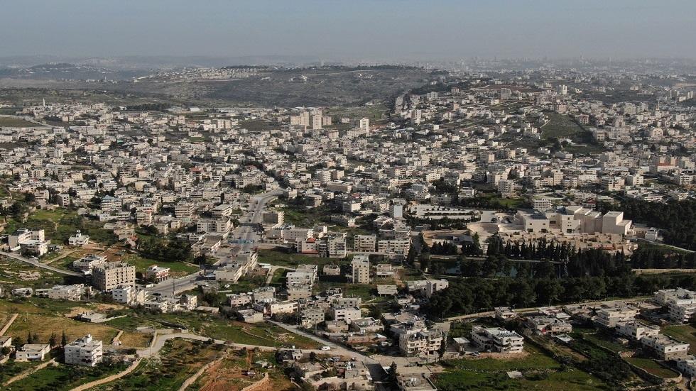في قرار متناقض.. إسرائيل تصدر