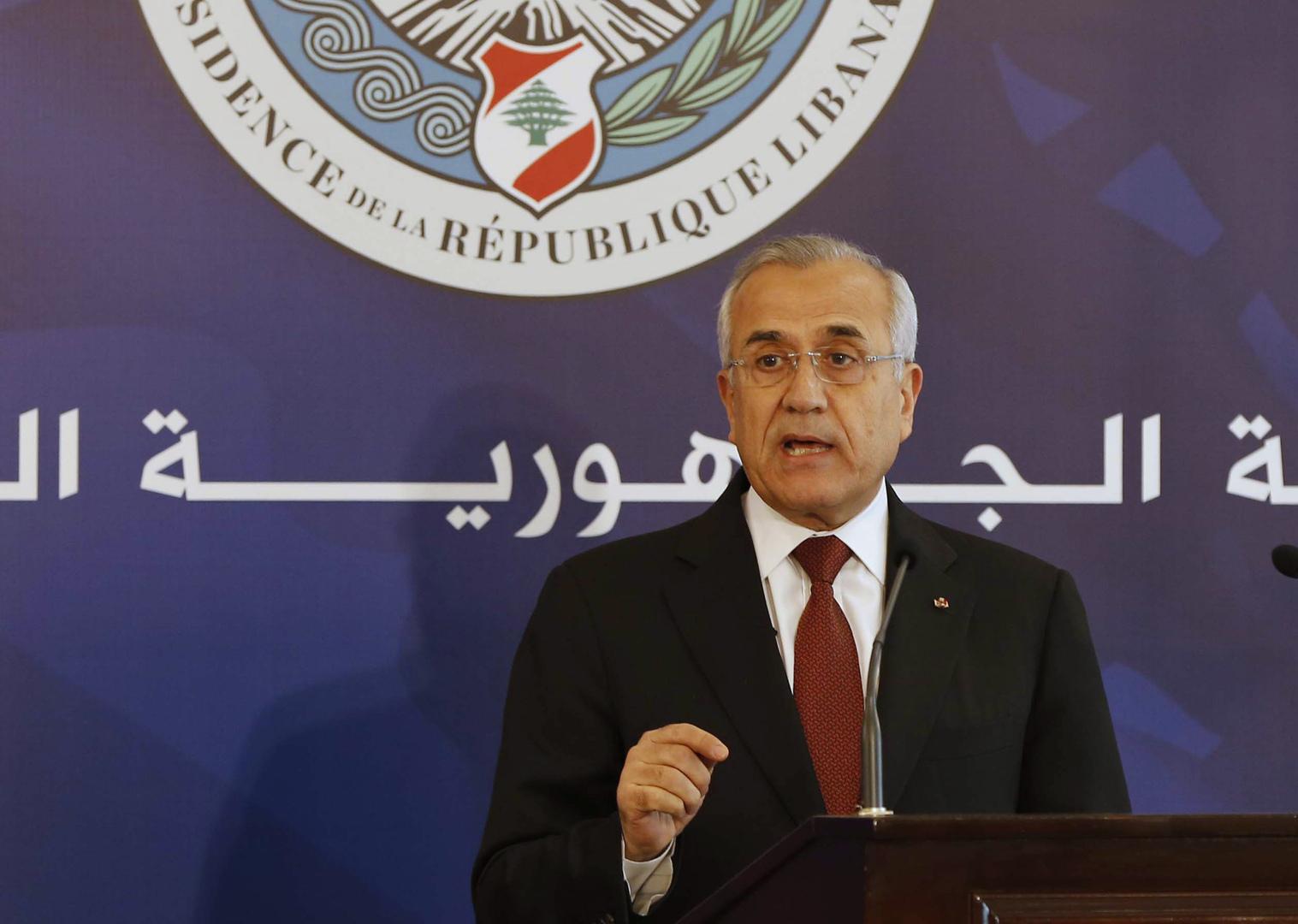 رئيس لبناني سابق يحذر من