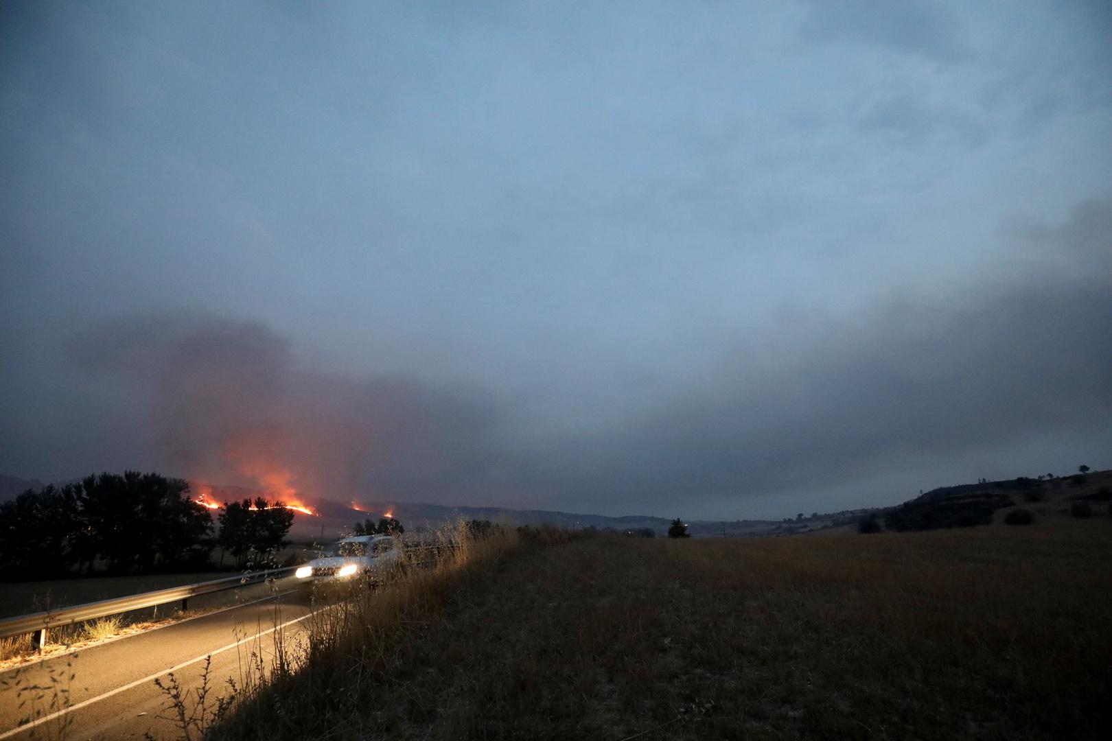 5 قتلى جراء حرائق غابات في جنوب إيطاليا