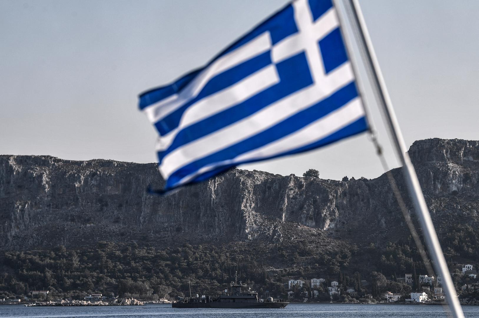 اليونان تحتج لدى تركيا على ترحيل رئيس منظمة اجتماعية يونانية
