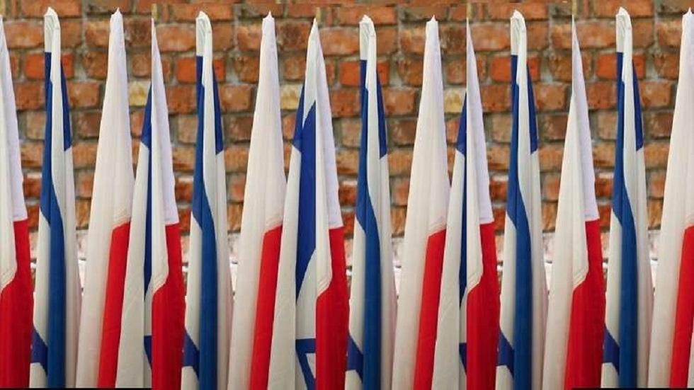 أعلام بولندية وإسرائيلية - أرشيف