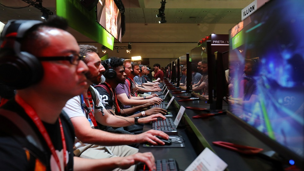 الصين تحارب إدمان ألعاب الفيديو وتثير سخط المراهقين