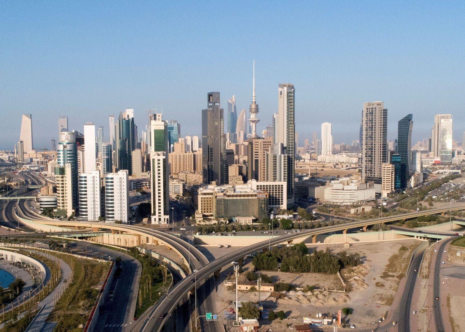 الكويت تأمر بخفض الإنفاق من ميزانيتها الحالية بما لا يقل عن 10%