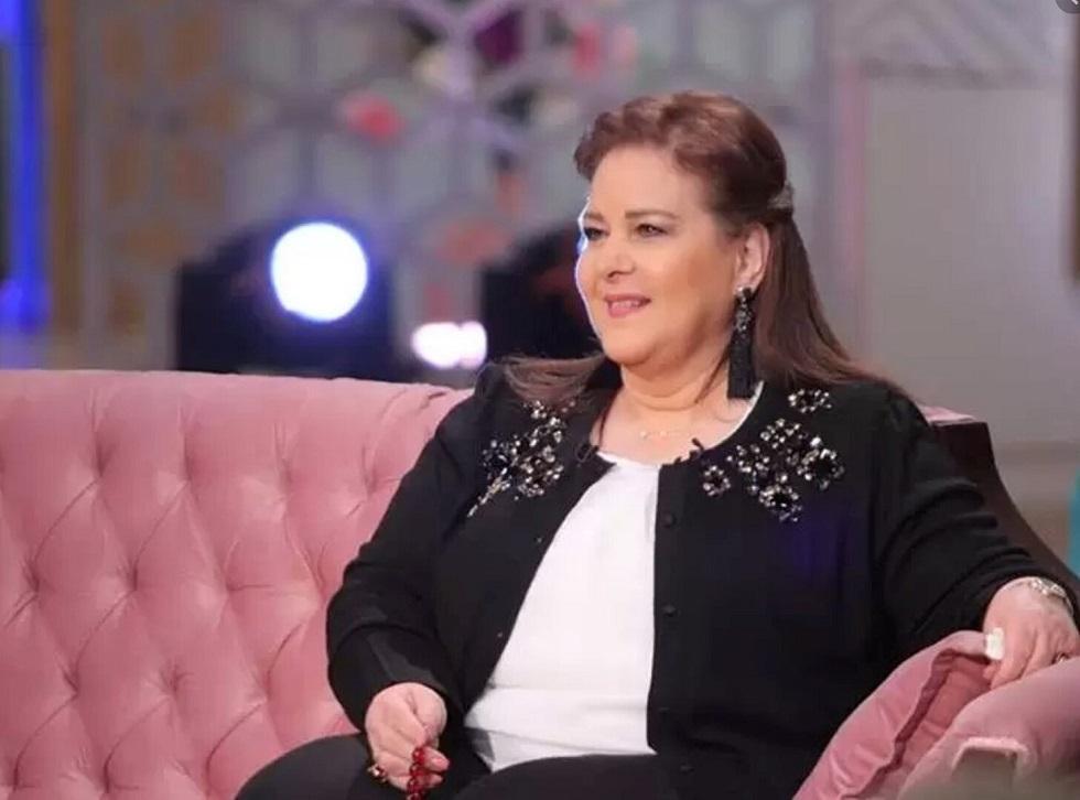 الفنانة المصرية الراحلة دلال عبد العزيز