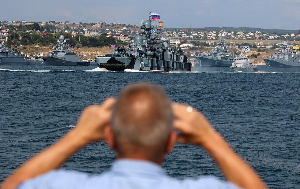 صحيفة: إسبانيا منعت سفينتين حربيتين روسيتين من الرسو في ميناء سبتة