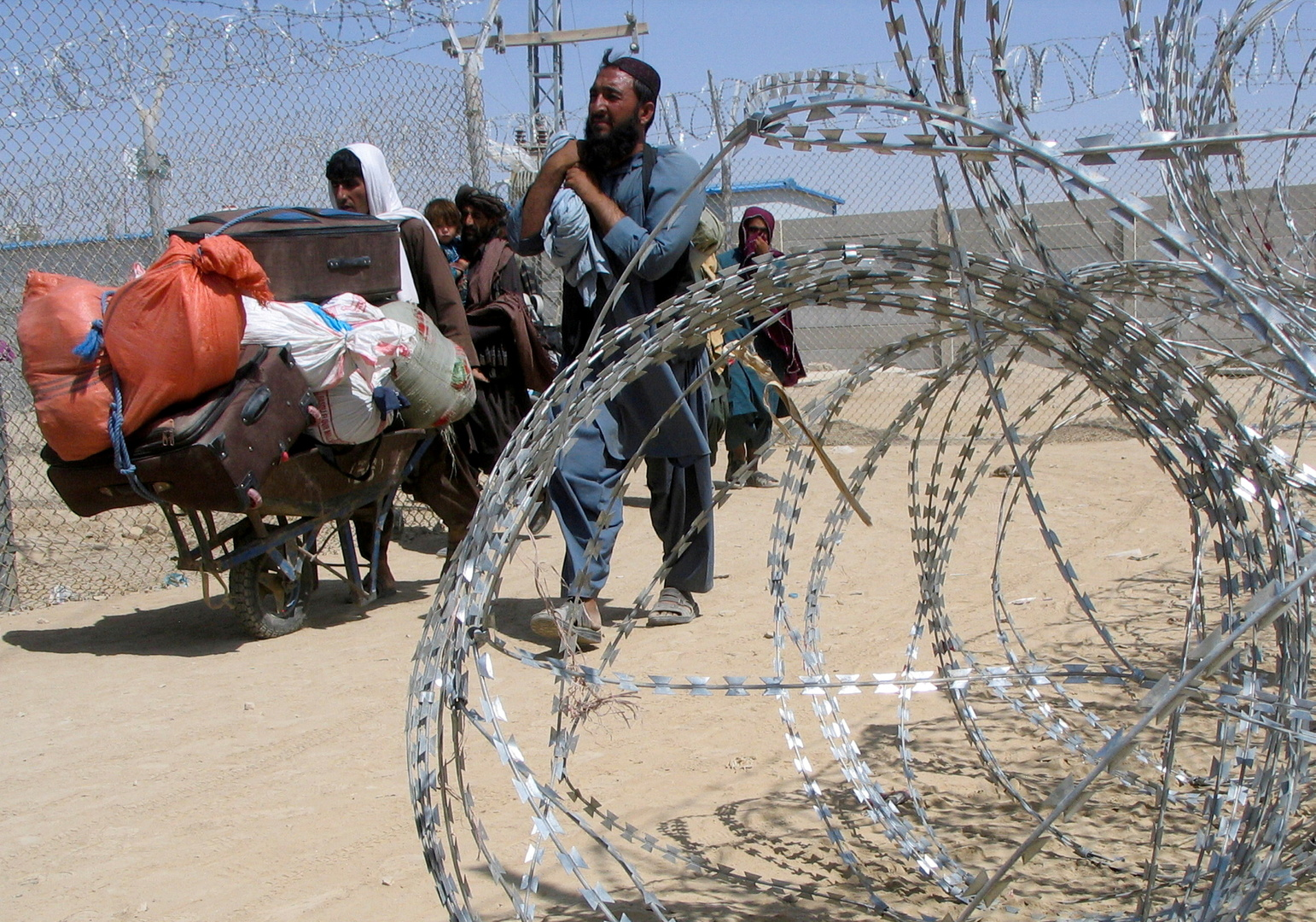 برنامج الأغذية العالمي يحذر من انعدام الأمن الغذائي في أفغانستان