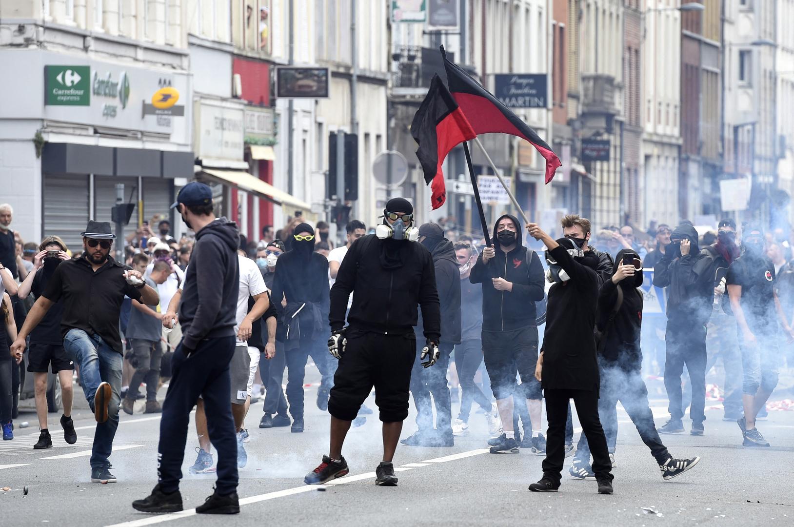 احتجاجات ضد قيود كورونا في مدينة ليل الفرنسية 21 أغسطس 2021