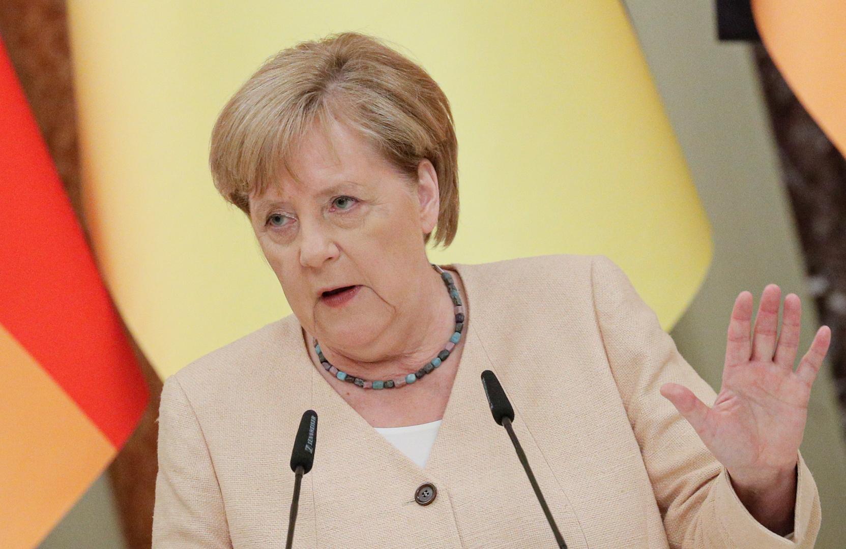 ميركل: بعد 25 عاما سينتهي اعتماد أوروبا على الغاز الروسي وعلى أوكرانيا الاستعداد لذلك