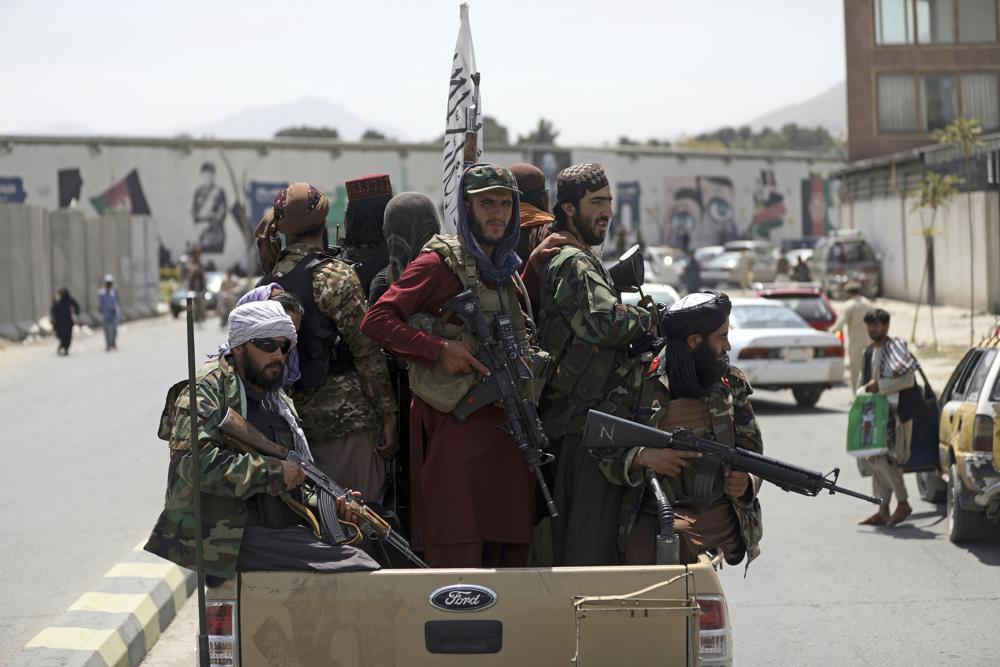 من قلب الحدث.. مراسل RT يغطي مستجدات الوضع في كابل