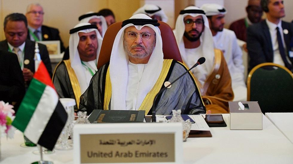 قرقاش معلقا على زيارة مسؤول إماراتي إلى قطر: المصير واحد والنجاح مشترك