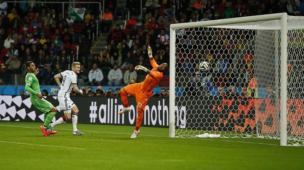 نجم منتخب ألمانيا يكشف سرا مثيرا عن مواجهة الجزائر في مونديال 2014 (فيديو)