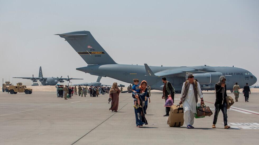وزير الخارجية الفرنسي: عملية الإجلاء من مطار كابل انتهت بسبب تعذر توفير الأمن