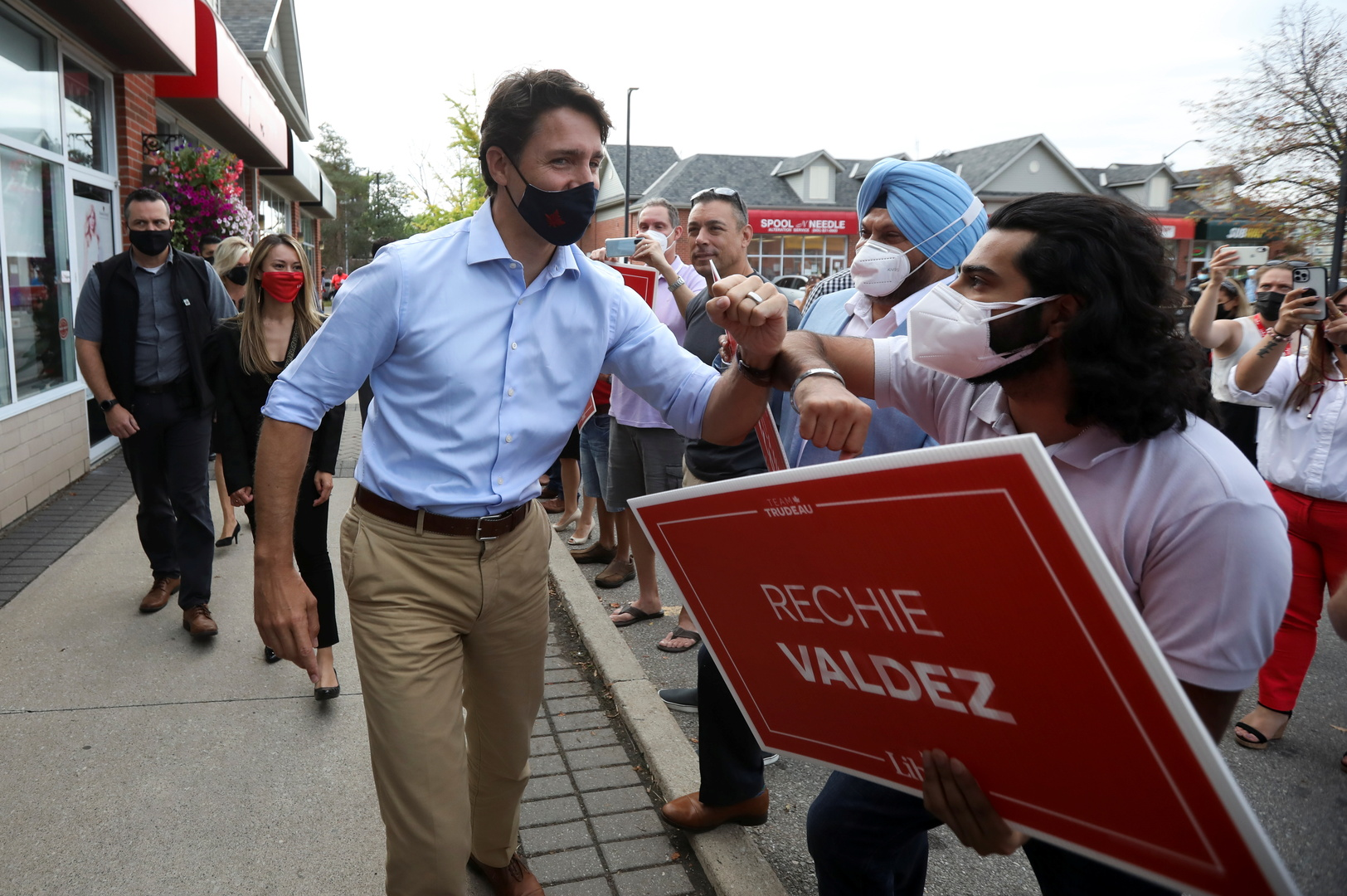 كندا.. استطلاعات الرأي تظهر تقدم خصوم ترودو قبل أسابيع من الانتخابات المبكرة