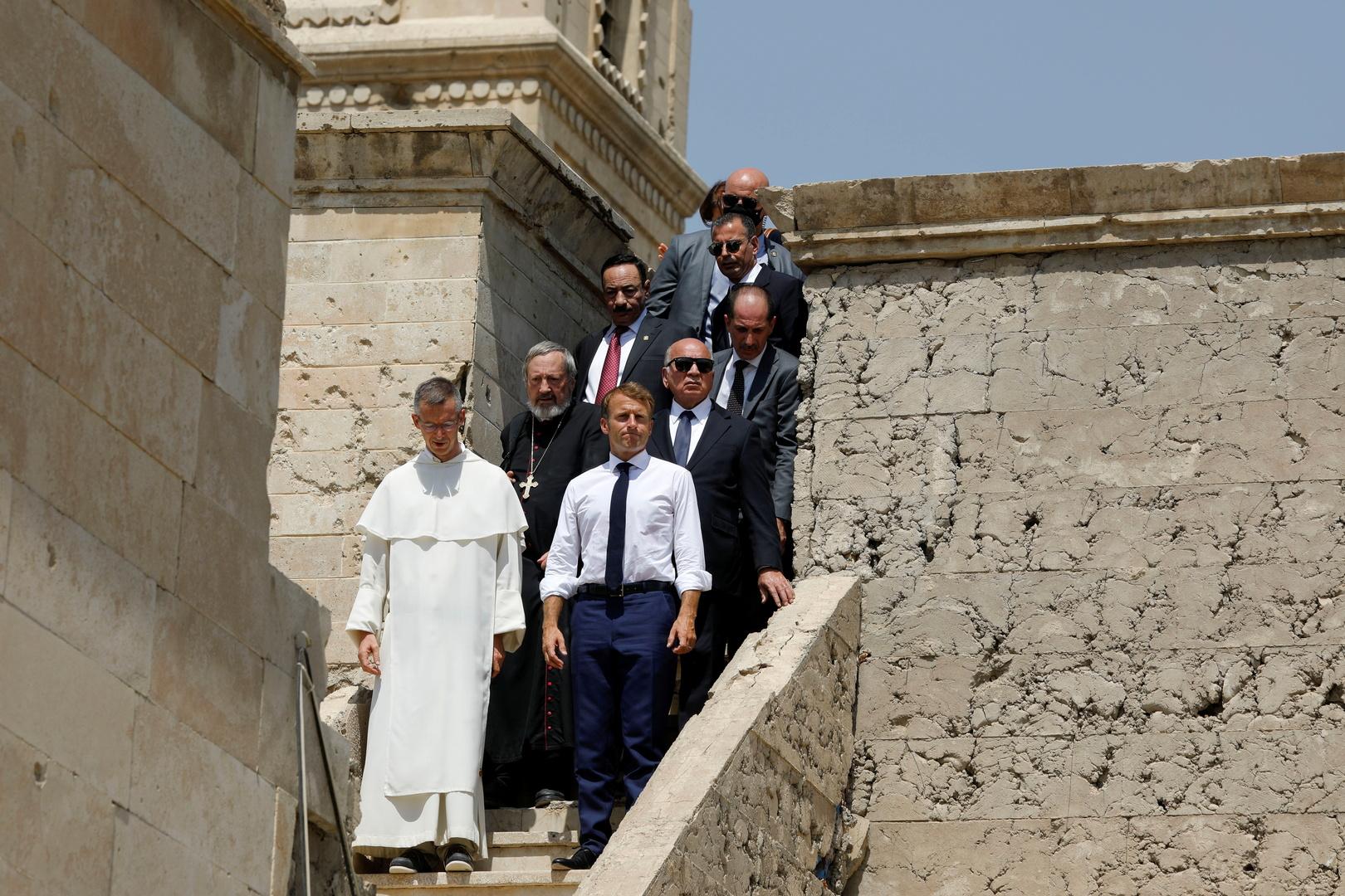 الرئيس الفرنسي في زيارة للموصل