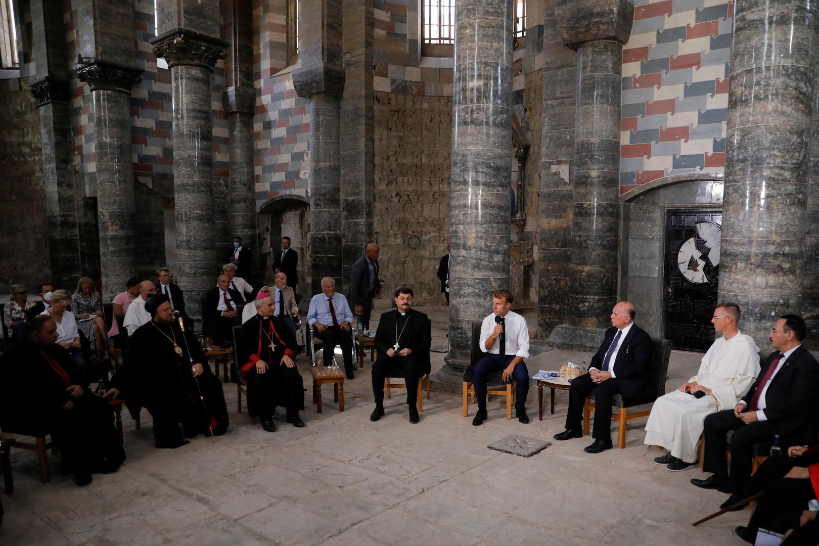 في اليوم الثاني لزيارته للعراق لغرض المشاركة بمؤتمر الشراكة والتعاون زار الرئيس الفرنسي ايمانويل ماكرون  حواضر دينية مدمرة في مدينة الموصل 612b5255423604319a50671b