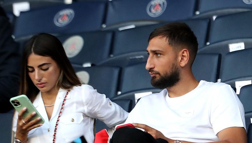 Milan fans attacking Donna Roma: