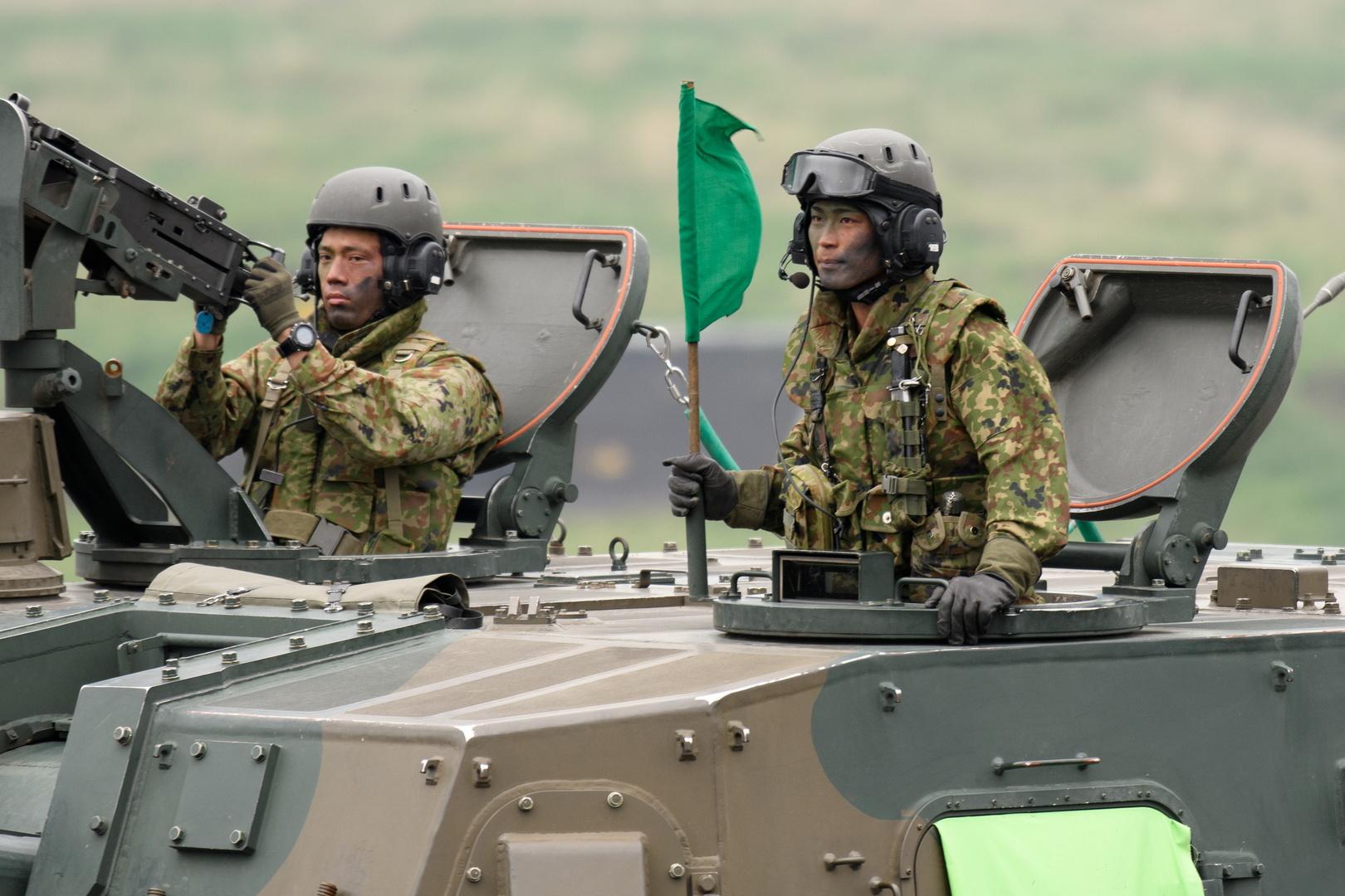 اليابان تسعى إلى زيادة قياسية في إنفاقها العسكري