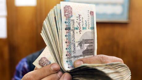 مصر.. كيف يمكن الحصول على الـ10جنيهات والـ20 جنيها البلاستيكية الجديدة؟