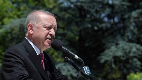 أردوغان يتصل بميقاتي: نتمنى أن يوفق سريعا بإنجاز الحكومة