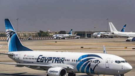مصر.. معاقبة طيارين على خلفية إجلاسهما طاقم الضيافة في مقاعد الدرجة الأولى