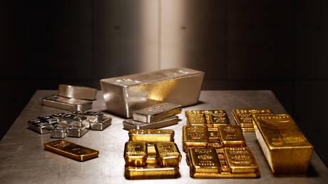 الذهب يرتفع بفعل ضعف الدولار
