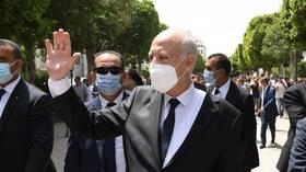 تونس.. سعيد يزور شارع الحبيب بورقيبة ومقر وزارة الداخلية (فيديو + صور)