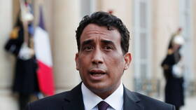 المنفي يبحث مع مجلس شيوخ ليبيا مشروع المصالحة الوطنية