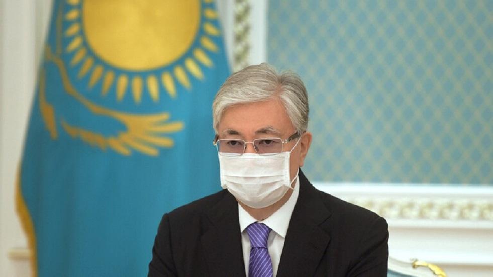 رئيس كازاخستان يؤكد على صفة اللغة الروسية في البلاد